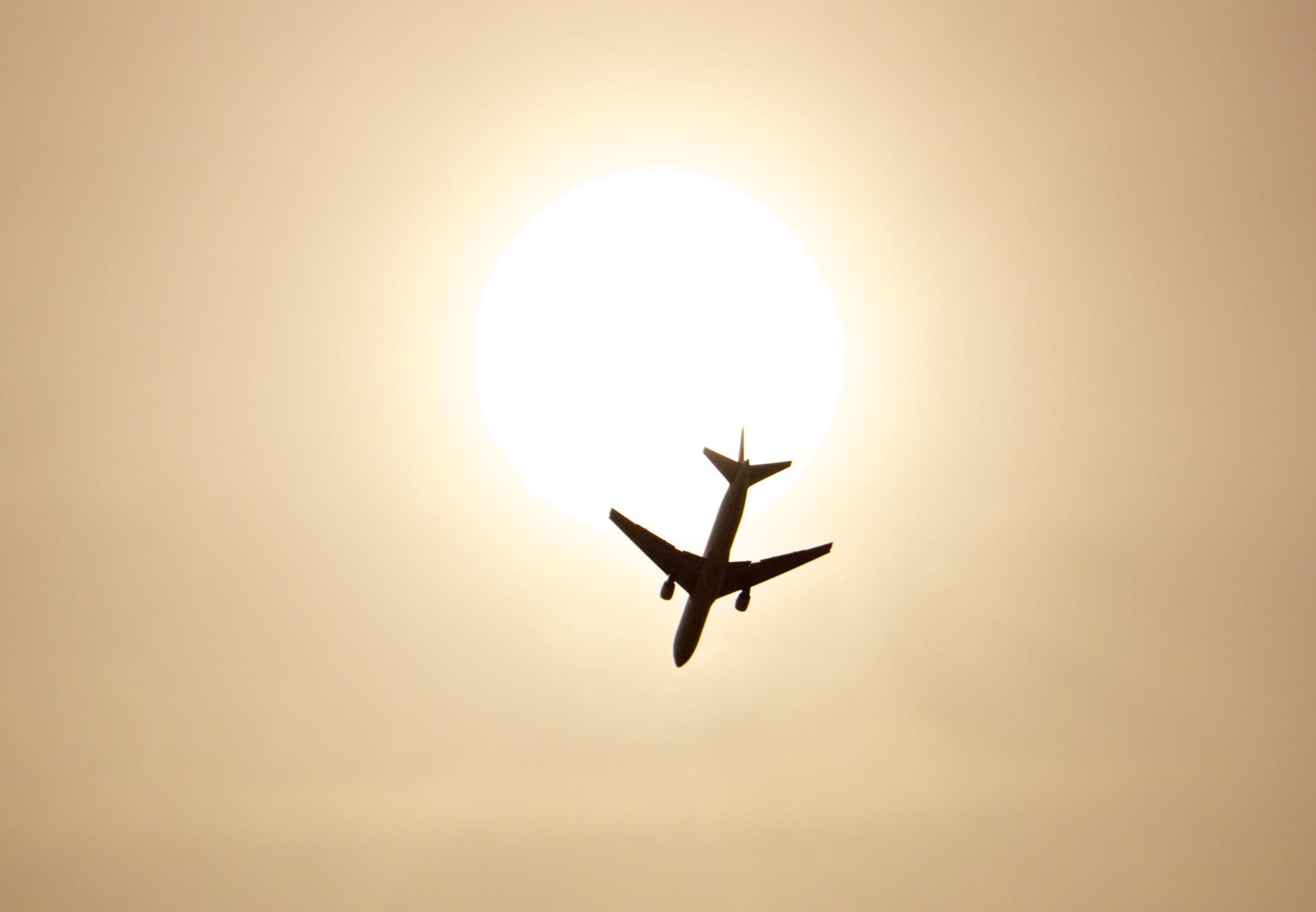 le bal incessant des avions